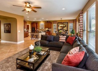 Attractive Living Area