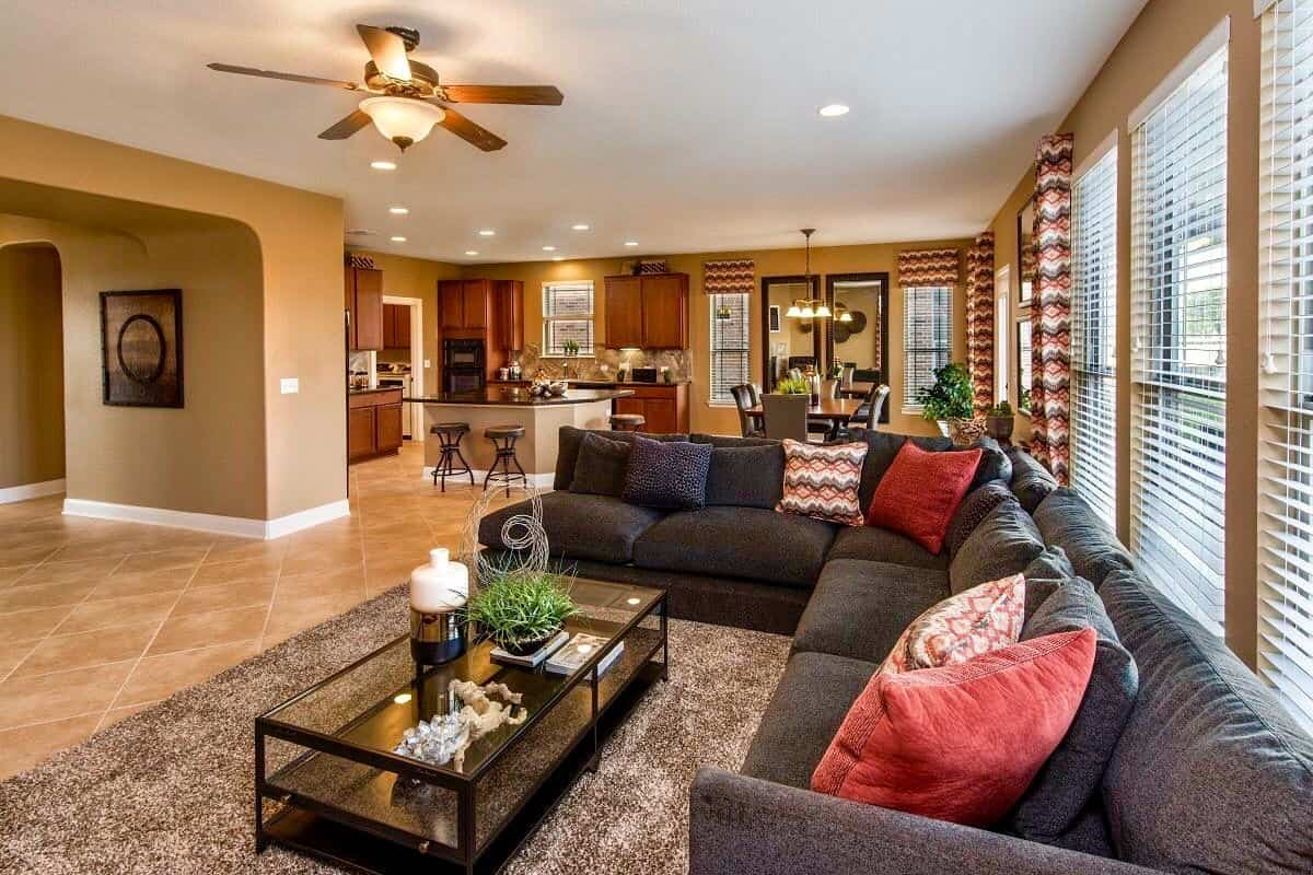 Attractive Living Area