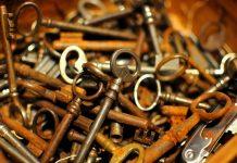 Automotive Locksmiths Services