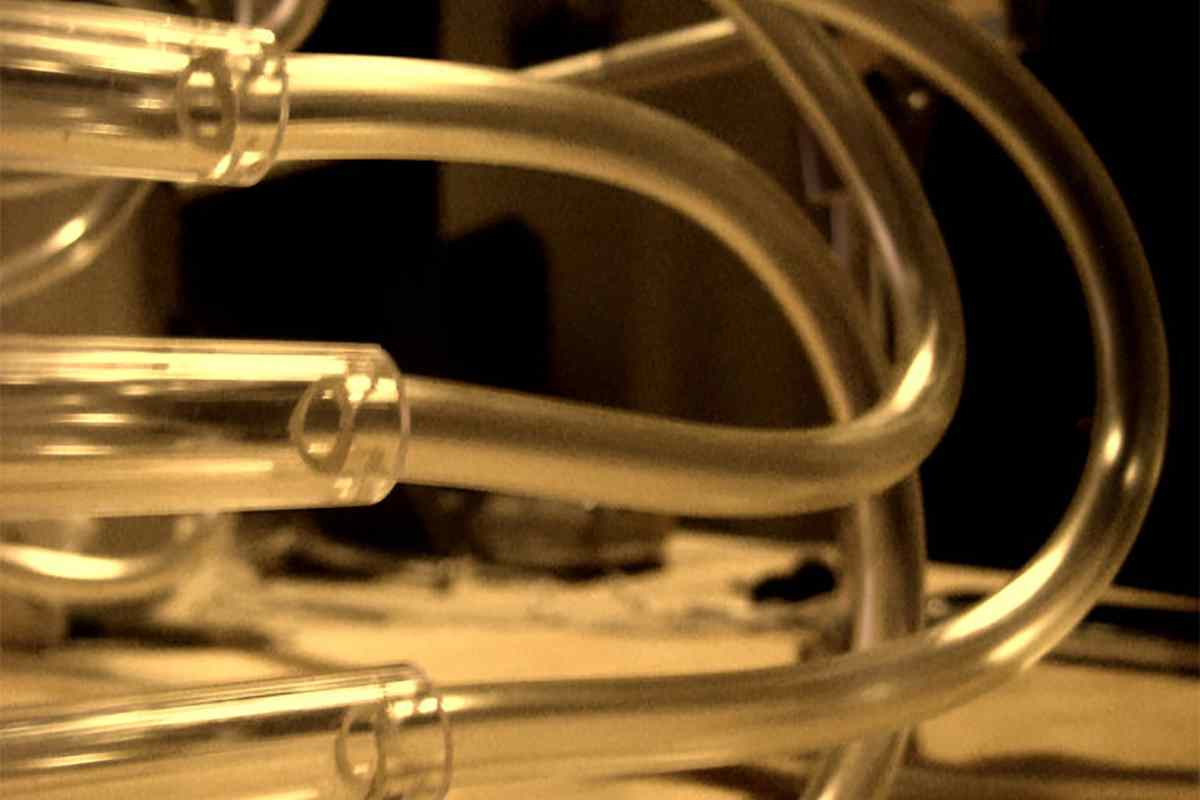 Why Contractors Prefer Brass Pipes Fixtures For Plumbing?