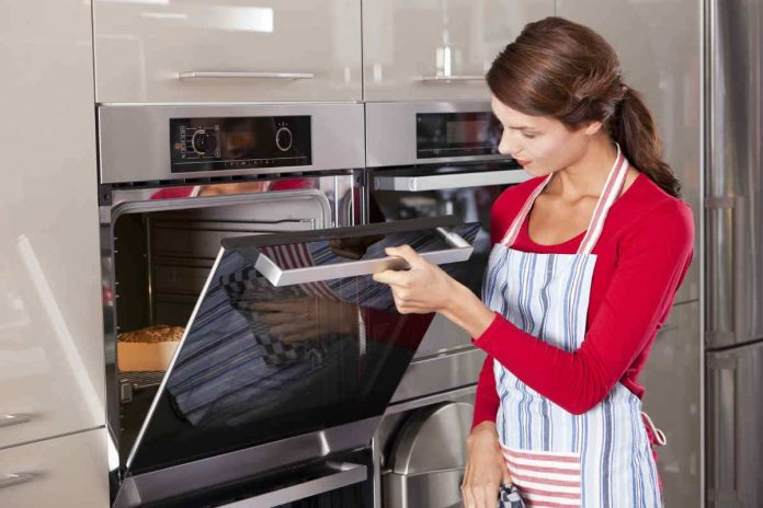How Preheating Oven Works