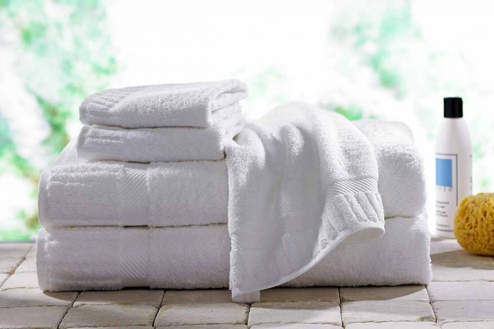 White Luxury Bath Towel