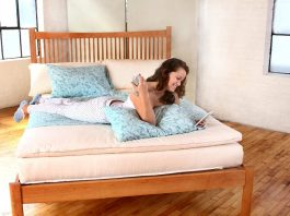 cleaning mattresses at home